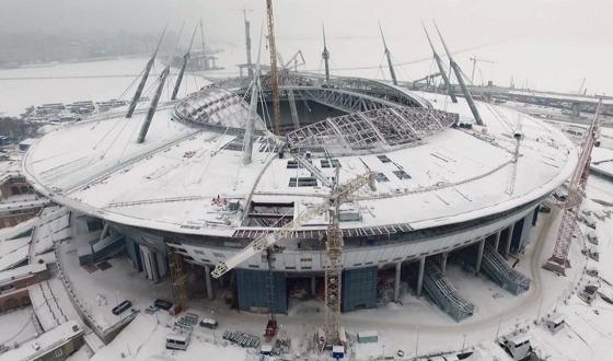 Obra do estádio Saint Petersburg, na Rússia, para a Copa de 2018. Foto: Fifa/site oficial
