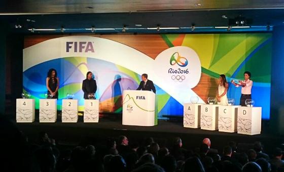 Sorteio dos torneios olímpicos de futebol em 2016. Crédito: twitter.com/Brasil2016