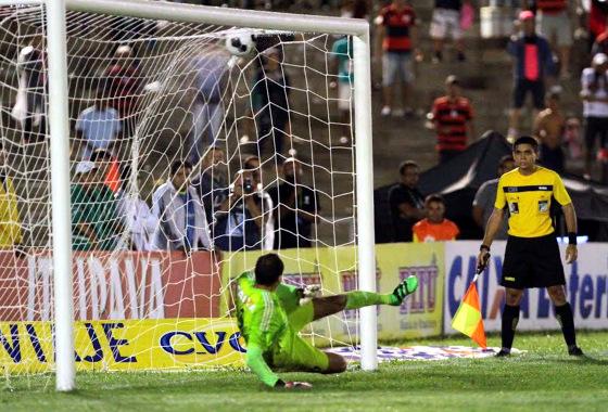 Nordestão 2016, semifinal: Campinense (3) 1 x 0 (1) Sport. Foto: Marlon Costa/FPF
