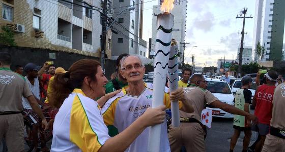 Nikita no revezamento da Tocha Olímpica no Recife. Foto: Rio 2016/divulgação