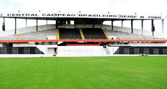 Estádio Lacerdão, em Caruaru. Foto: centralsc.com.br