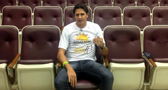 Edmilson durante entrevista no Diario de Pernambuco. Foto: Rafael Brasileiro/DP