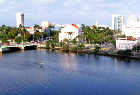 Rio Capibaribe, no Recife. Crédito: yoneericardo2.blogspot.com.b