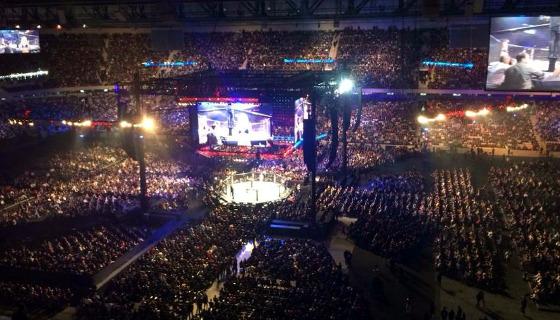 UFC na Arena da Baixada, em 2016. Foto: Robson de Lazzari/Rede Massa