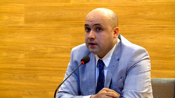 Manoel Flores, diretor de competições da CBF, comentando a reforma no calendário brasileiro de 2017. Imagem: CBF/youtube (reprodução)