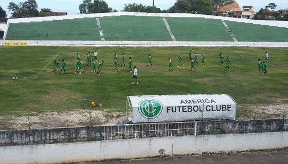 Estádio Ademir Cunha em 17/01/2017. Foto: América/twitter (@america_pe)