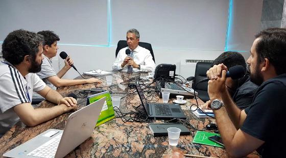 Evandro Carvalho, presidente da FPF, em entrevista ao podcast 45 minutos. Foto: Fernanda Durão/FPF