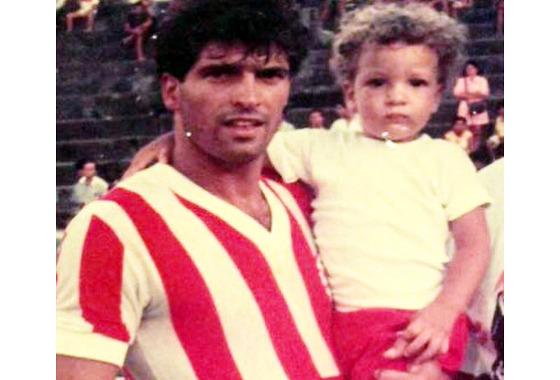 Milton Cruz como atleta do Náutico, em 1987. Crédito: Náutico/twitter (@nauticope)