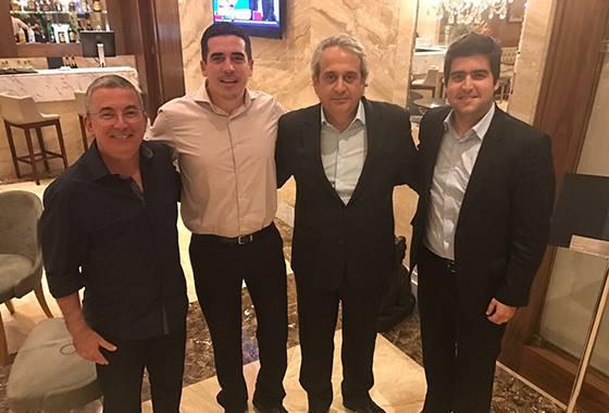 Os dirigentes de Sport, Santa Cruz e Náutico em encontro no Rio de Janeiro. Foto: Santa Cruz/twitter (@santacruzfc)