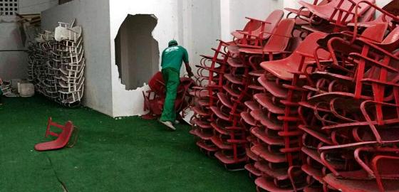 As cadeiras retiradas dos Aflitos. Foto: Náutico/divulgação
