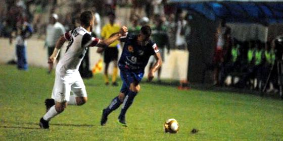 Pernambucano 2017, semifinal: Salgueiro 2x0 Santa Cruz. Crédito: Genival Paparazzi/FPF