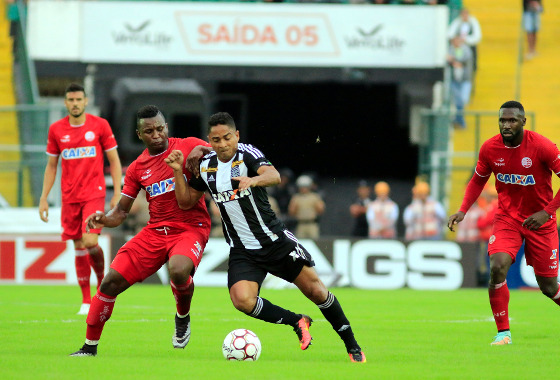 Série B 2017, 2ª rodada: Figueirense 3x0 Náutico. Foto: Luiz Henrique/Figueirense