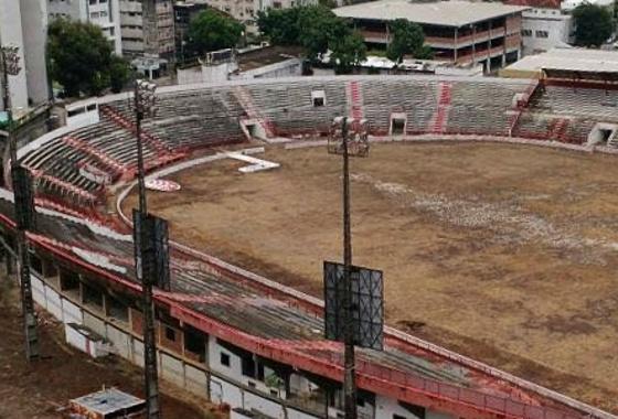 Situação atual do estádio dos Aflitos. Foto: Diego Pascoal/twitter