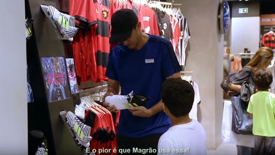 Comercial com o goleiro Magrão, do Sport. Crédito: Shopping Recife/youtube (reprodução)