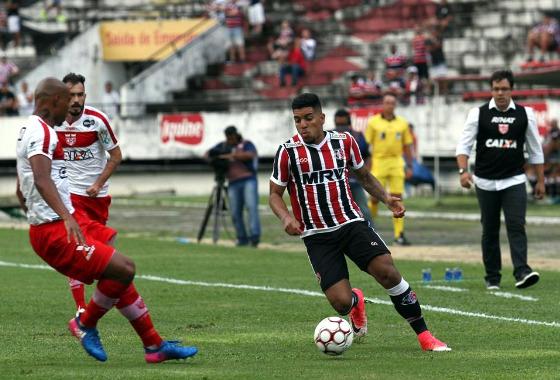 Série B 2017, 22ª rodada: Santa Cruz x CRB. Foto: Roberto Ramos/DP