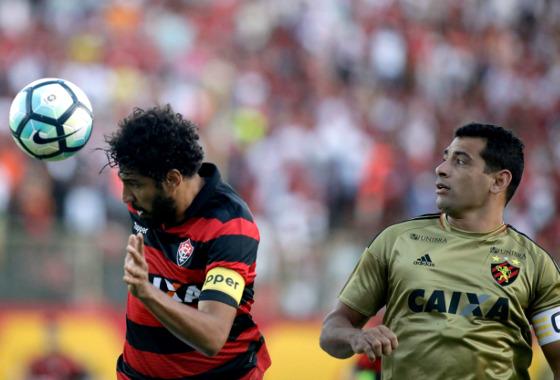 Série A 2017, 27ª rodada: Vitória x Sport. Foto: Lucio Tavora/Agência Tempo/Estadão conteúdo