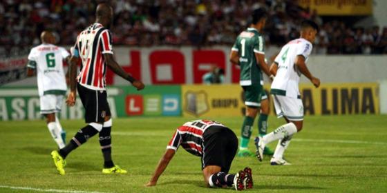 Série B 2017, 32ª rodada: Santa Cruz 0 x 0 Luverdense. Foto: Peu Ricardo/DP