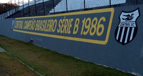 Estádio Lacerdão, Caruaru (28/12/2017. Crédito: Central/instagram (@centraldecaruaru)