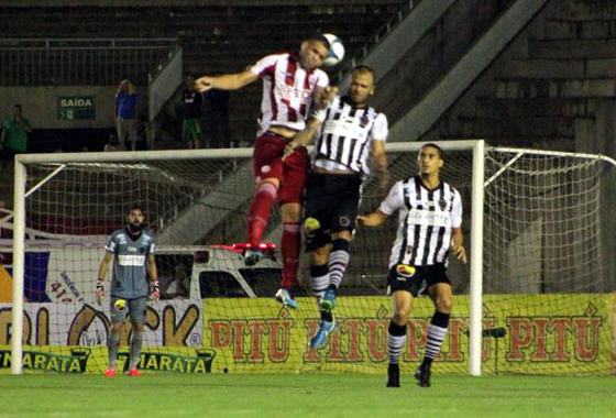 003235ba35 Náutico perde de virada para o Botafogo da Paraíba e se complica no ...