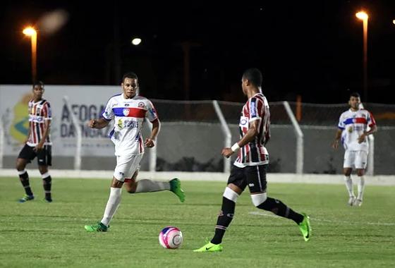 Pernambucano 2018, 6ª rodada: Afogados 0 x 1 Santa Cruz. Crédito: Afogados/instagram (@afogadosfcoficial, via @estudioiso)