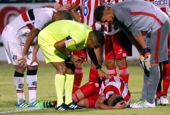 Pernambucano 2018, 7ª rodada: Santa Cruz 0 x 0 Náutico. Foto: Ricardo Fernandes/DP
