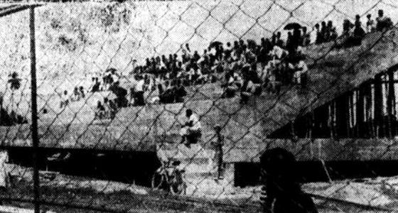 O 1º lance de arquibancada do Arruda, em 1965. Foto: Arquivo/Diario de Pernambuco