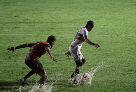 Pernambucano 2018, 8ª rodada: Flamengo 1 x 1 Santa Cruz. Foto: Rodrigo Baltar/Santa Cruz