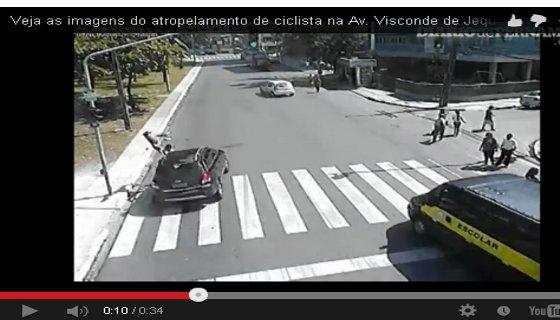Atropelamento ciclista Jequitinhonha/ reprodução vídeo