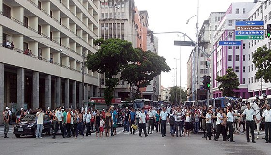Paralisação motoristas/Recife - Folto - Renata Portini DP/D.A.Press