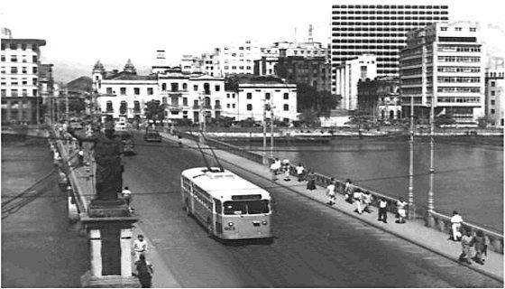 Trólebus - Ponte Duarte Coelho/Recife - foto - reprodução/internet