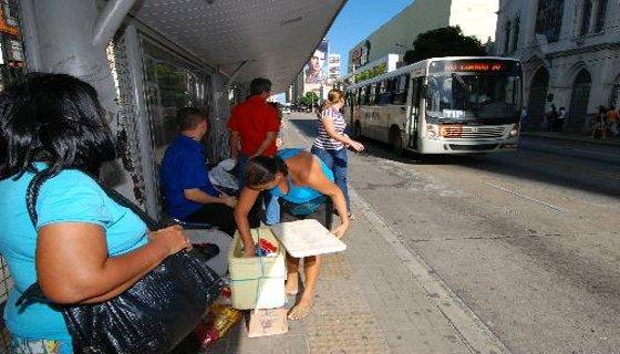 ônibus parads - Foto - Ricardo Fernandes DP/D.A.Press