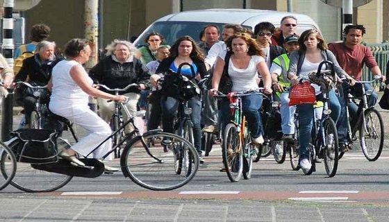 Cicilistas em Amsterdã - (Foto: Flickr.com/ tupwanders)