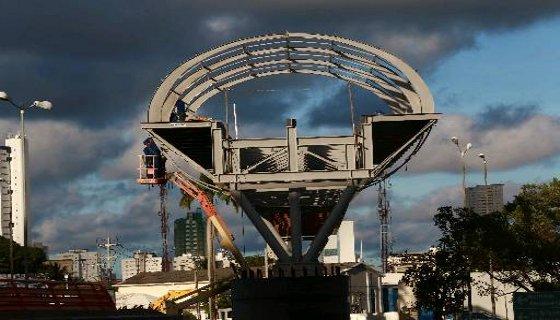Construção da passarela do aeroporto do Recife - Foto - Bernardo Dantas DP/D.A.Press