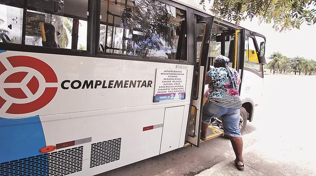 Transporte complementar no Recife - Foto - Alcione Ferreira DP/D.A. Press