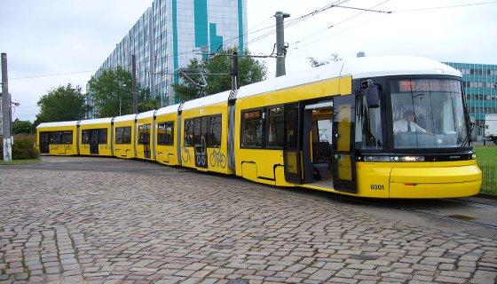 VLT nas ruas de Berlim, na Alemanha - Foto: Reprodução/Internet