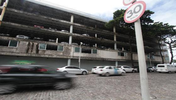 Zona 30 na Rua Madre de Deus Foto - Alcione Ferreira DP/D.A.Press