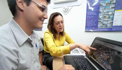 Técnicos da CTTU trabalham com simulador para melhorar trânsito no Recife Foto; Annaclarice Almeida DP/D.A.Press