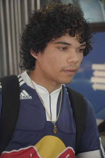 Anderson Silva, 20 anos, perde 4 horas por dia nos deslocamentos de casa para o trabalho. Foto: João Velozo Especial DP/D.A.Press