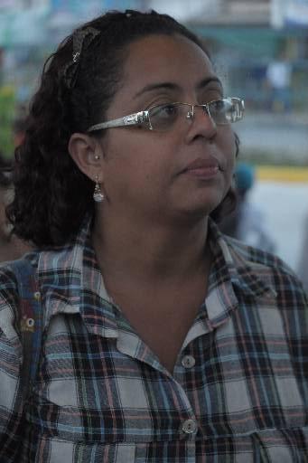 Linda Maria Vicente usa a Linha Rio Doce e gasta menos de 10 minutos para chegar ao seu destino. Foto: João Velozo. Especial DP/D.A.Press