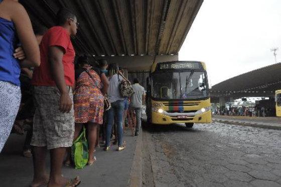 Linha Araçoiaba/Camaragibe é a mais longa da Região Metropolitana do Recife com 93km de extensão. Foto: João Velozo Especial DPO/D.A.Press
