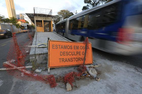 Estação de BRT da Benfica com obras paradas Foto Rafael Martins DP/D.A.Press