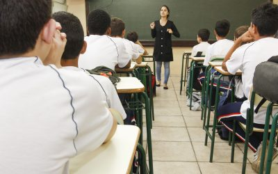 Professora alerta para apagão na formação de profissionais de ensino