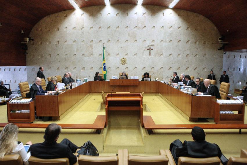 Supremo tem cinco votos a favor do ensino religioso confessional na rede pública