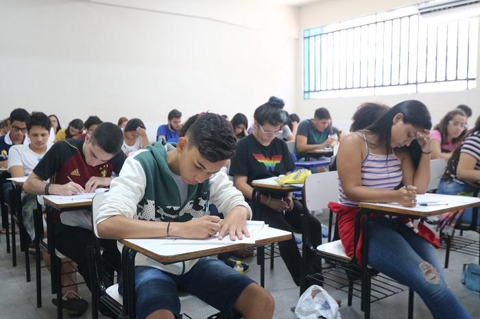 UPE aprova bônus regional de 10% na nota do Enem para medicina, direito e odontologia
