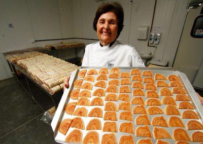 Dona Fernanda começou produção do bolo de rolo em 1969
