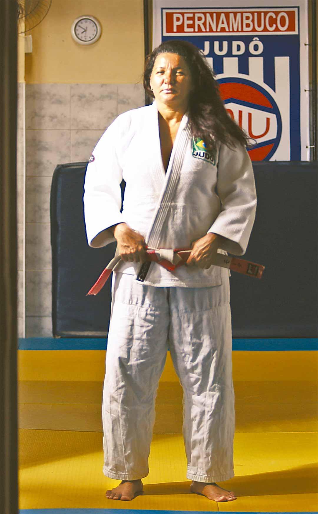 Hoje Jemima trabalha para formar novos judocas e, quem sabe, atletas olímpicos - Foto: Peu Ricardo/DP
