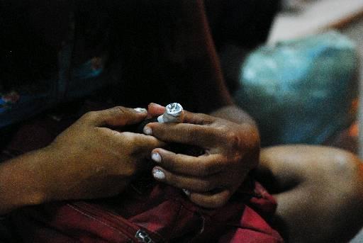Usuários consomem crack em vários locais da cidade. Foto: Blenda Souto Maior/DP/D.A.Press