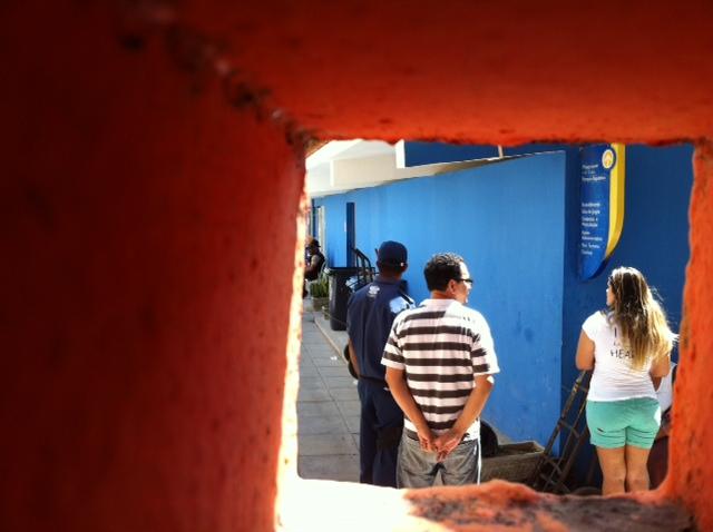 Funcionários do Sesc ficaram chocados. Foto: Wagner Oliveira/DP/D.A.Press