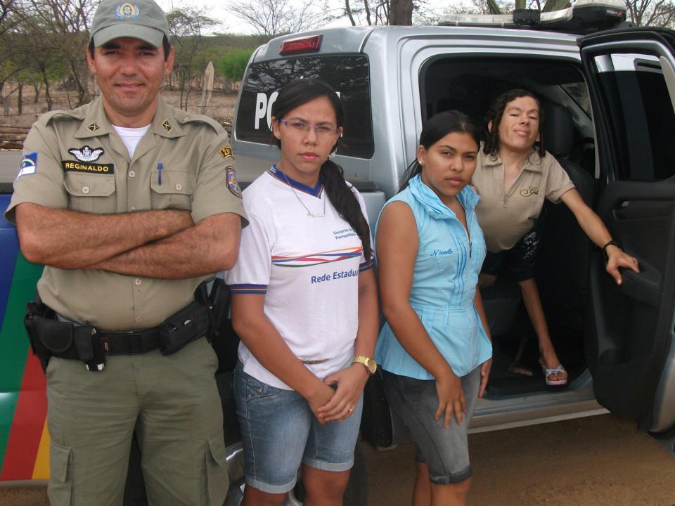 Judite com as sobrinhas Angélica e Nicaelle. Foto: Facebook