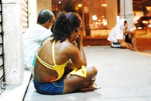Ruas do Recife já têm muitos dependentes de crack. Foto: Blenda Souto Maior/DP/D.A Press